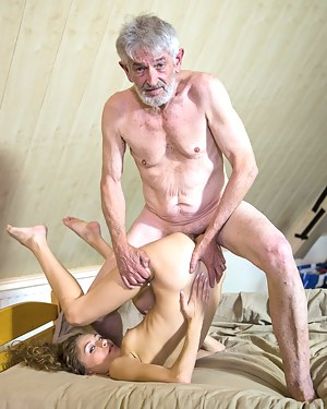 Bizarre Porn Pictures